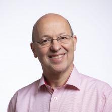 Prof. Dr. med. Pietro Vernazza, Chefarzt der Klinik für Infektiologie und Spitalhygiene am Kantonsspital St.Gallen (KSSG). Bild: KSSG.
